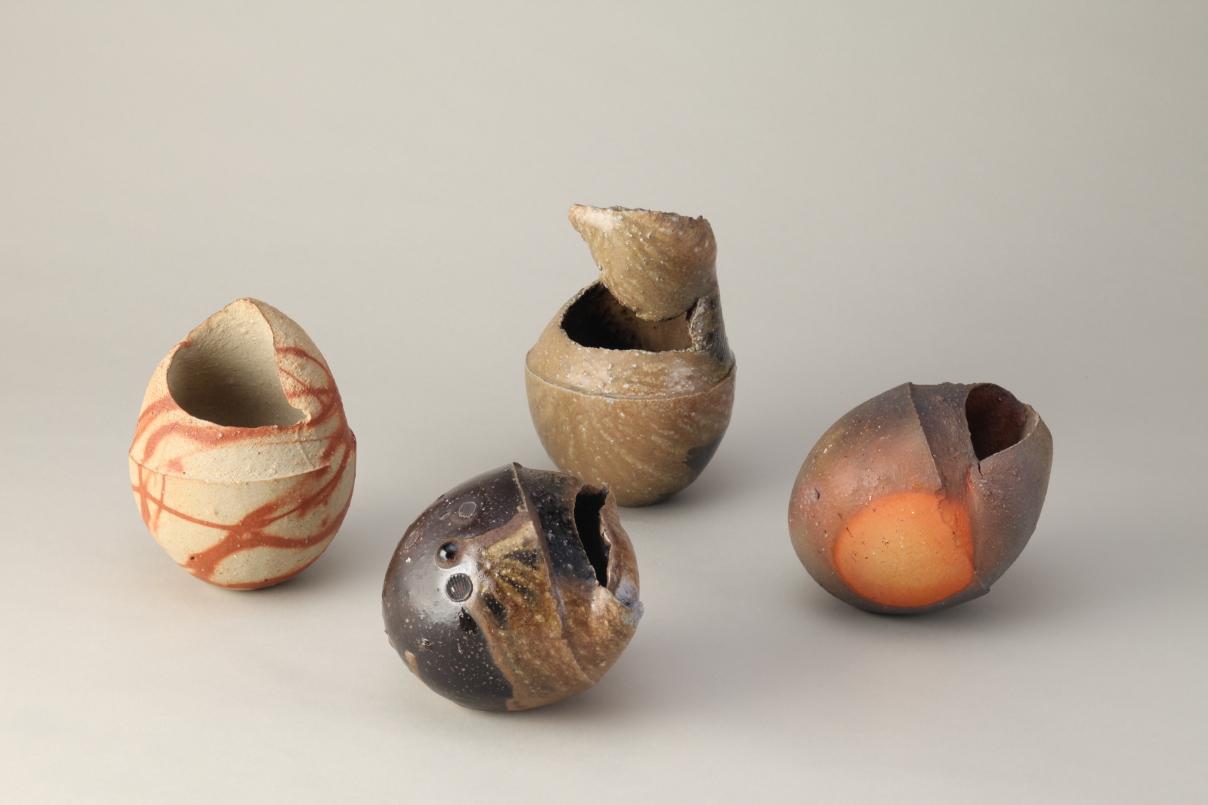 Выставка: Метаморфозы земли: японская неглазурованная керамика якисимэ